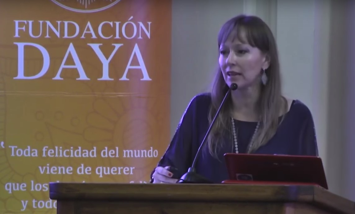 """Ana María Gazmuri """"Experiencia de Fundación Daya: Un camino colectivo y solidario"""